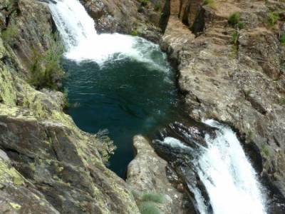 Cascadas del Aljibe; circo de gredos; viajes programados;botas trekking madrid